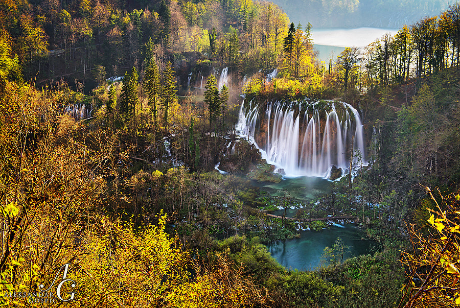Coldness, which dragged into the bones of Plitvice Lakes national park these days, was seemingly eased by today's weak sun