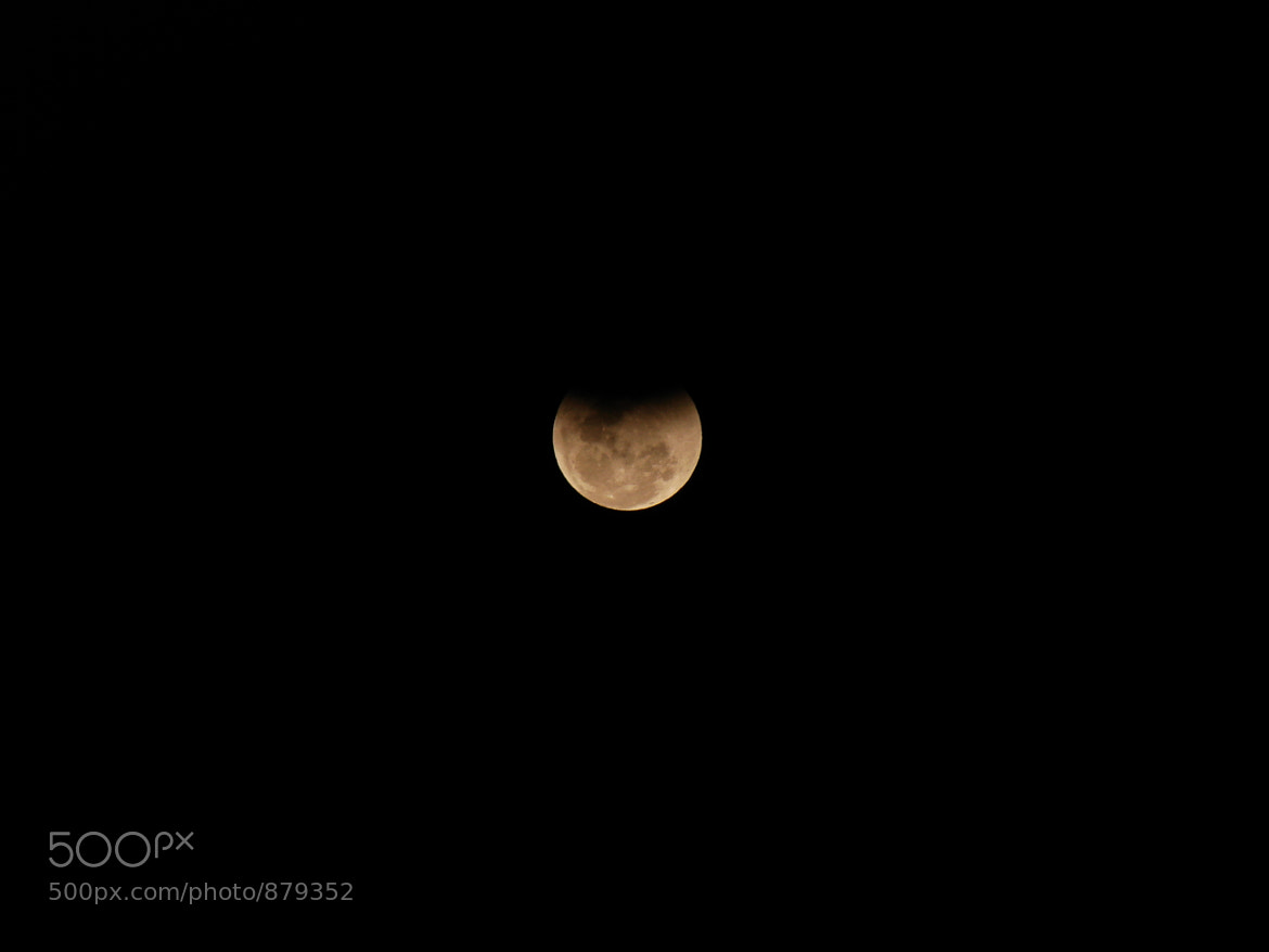 Photograph Lunar Eclispe by Rafael Bittencourt on 500px