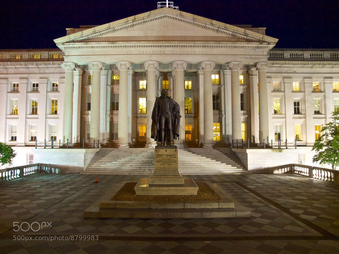 Photograph United States Treasury Department by Walter Ramirez on 500px