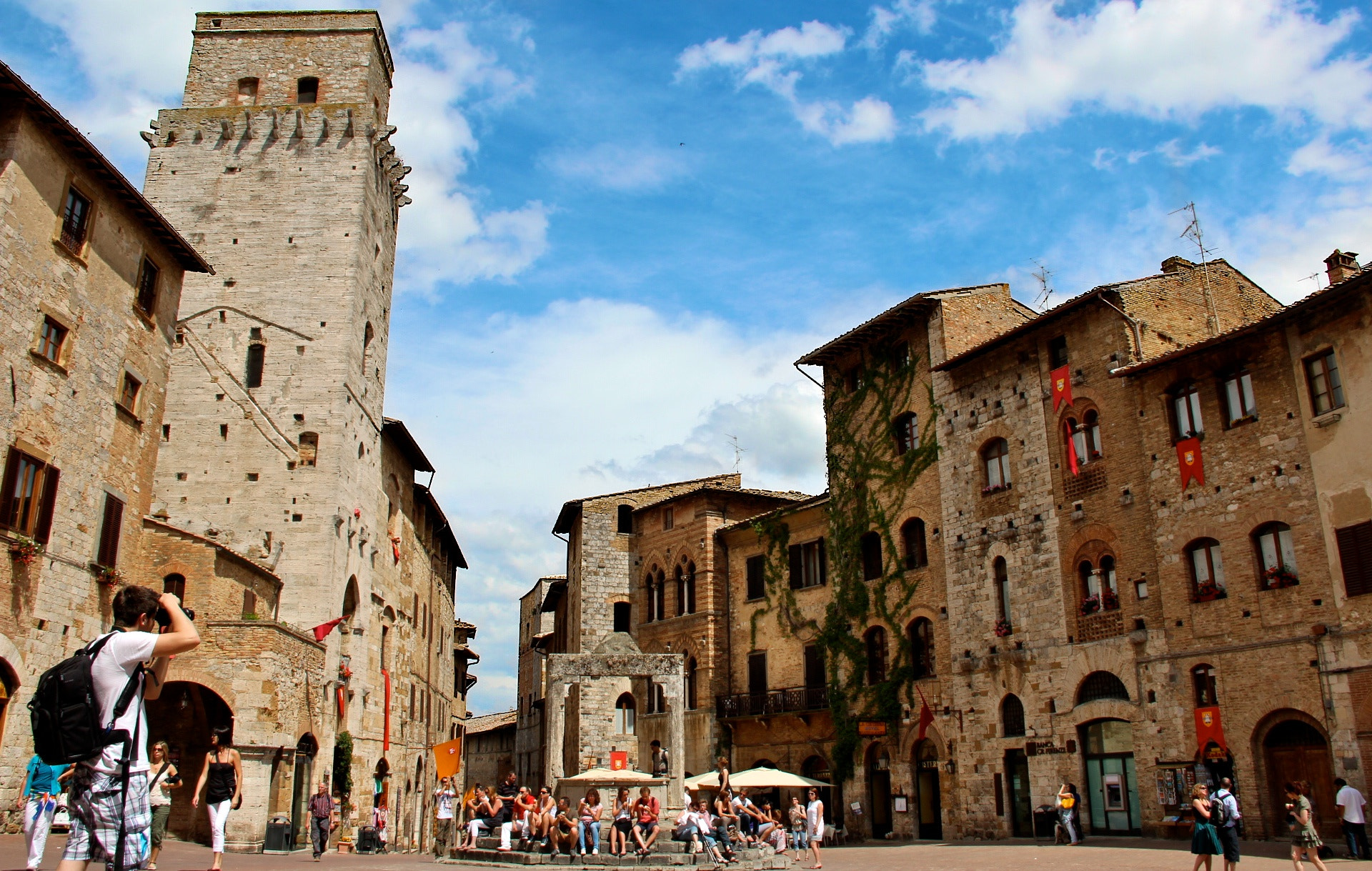 Photograph San Gimigniano  by Flavia Leite on 500px