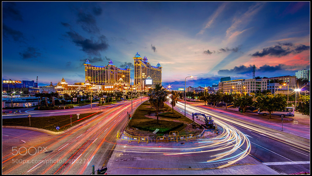 Photograph A busy dusk by Fish Bone on 500px