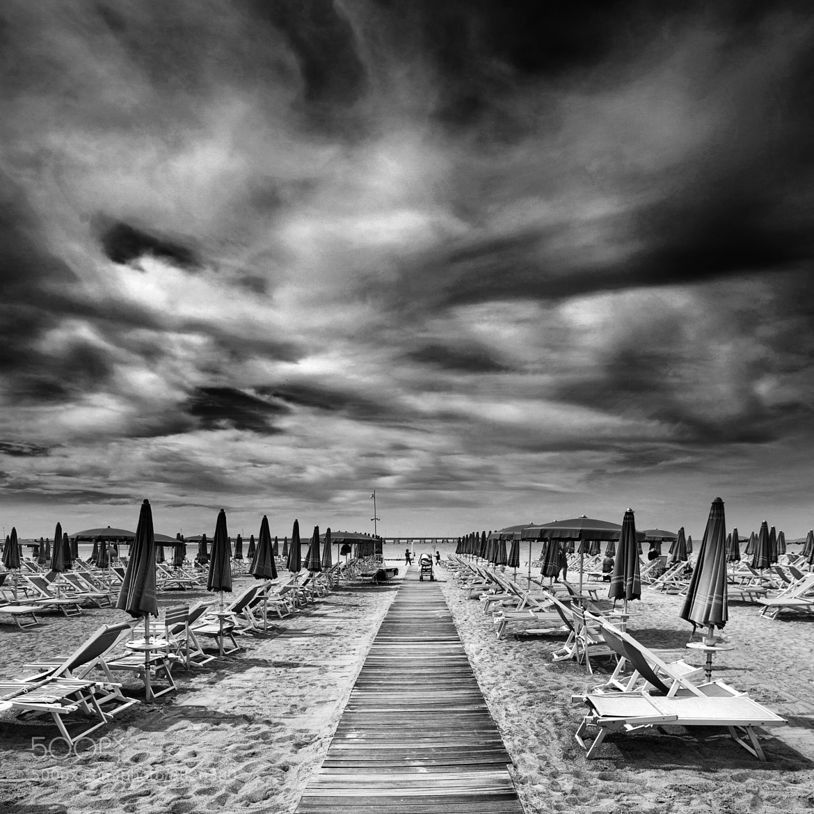 Photograph end of summer by Simone Lenzi on 500px