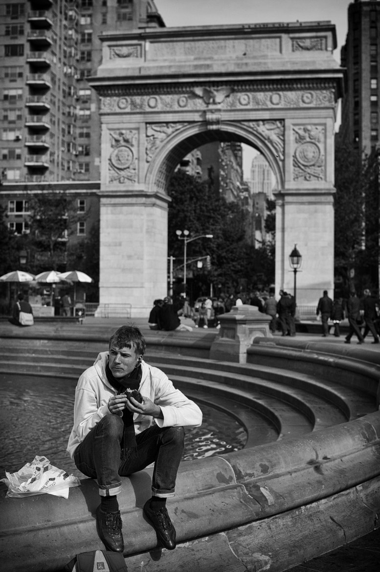 Photograph washington square park, NYC by Damon  on 500px