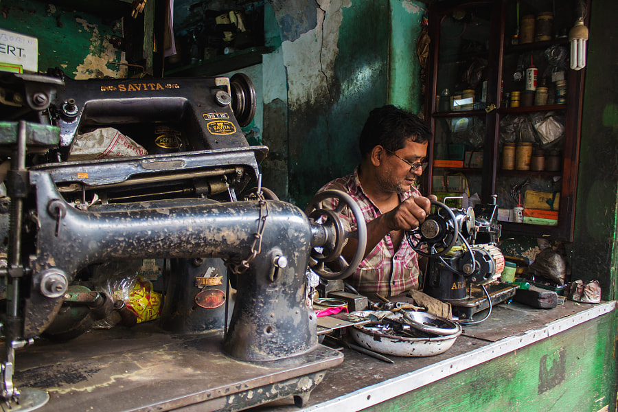 Photograph sewing machine by Ritam Paul Chowdhury on 500px