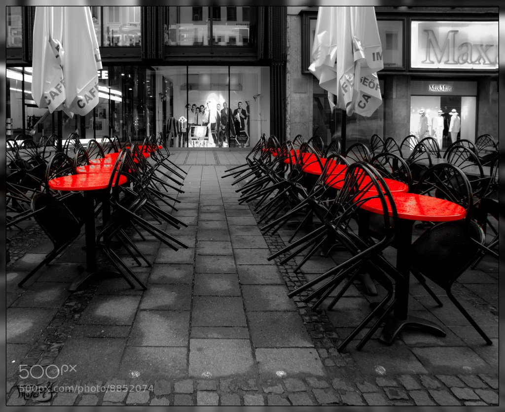 Photograph Red Tables by Richard Thoralf on 500px