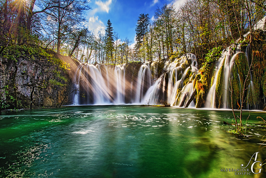 After 150 million kilometers long journey photons arrived at Plitvice Lakes NP on a well deserved vacation