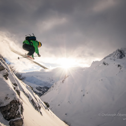 Arlberg Powder Skiing Jump