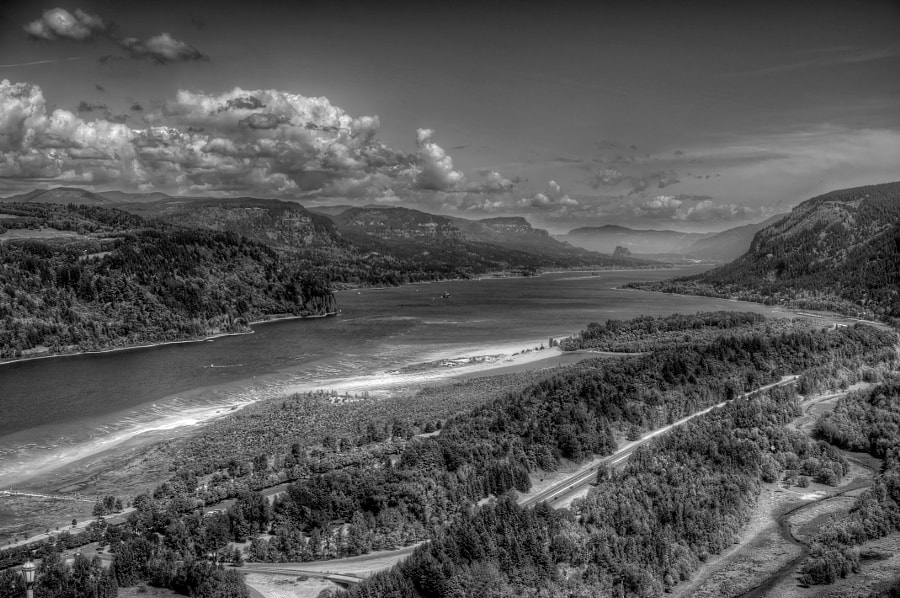 Columbia River Gorge (East)