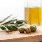 ������, ������: Olive oil with olives isolated on white background