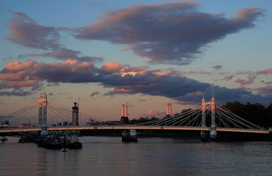Sunset at the Albert Bridge, Chelsea