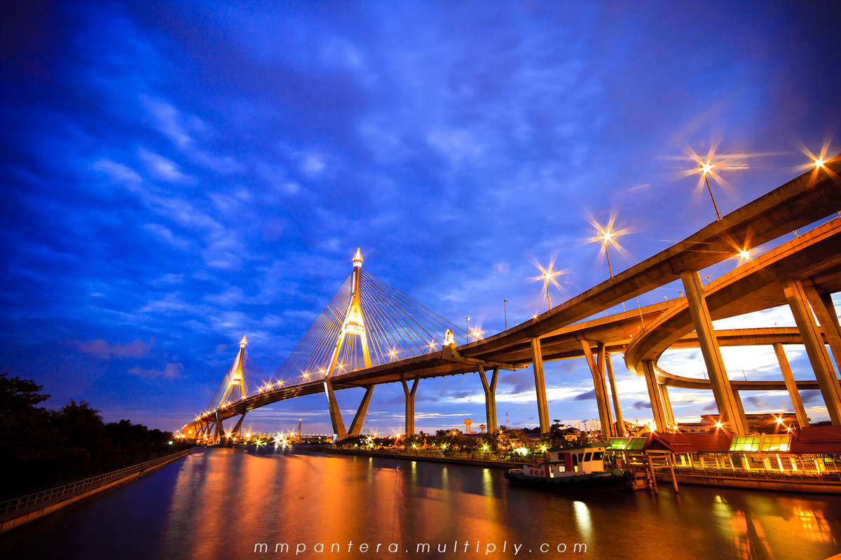 Photograph Bhumibol Bridge by Apichart Thonglor on 500px