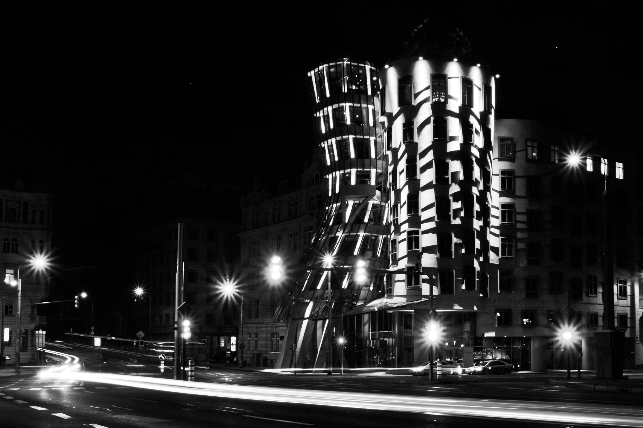 Photograph Dancing building by Cosmin Tărţan on 500px