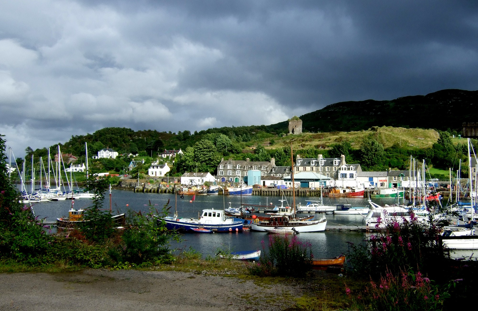 Photograph Tarbert, Scotland by Magic Flying Boots on 500px