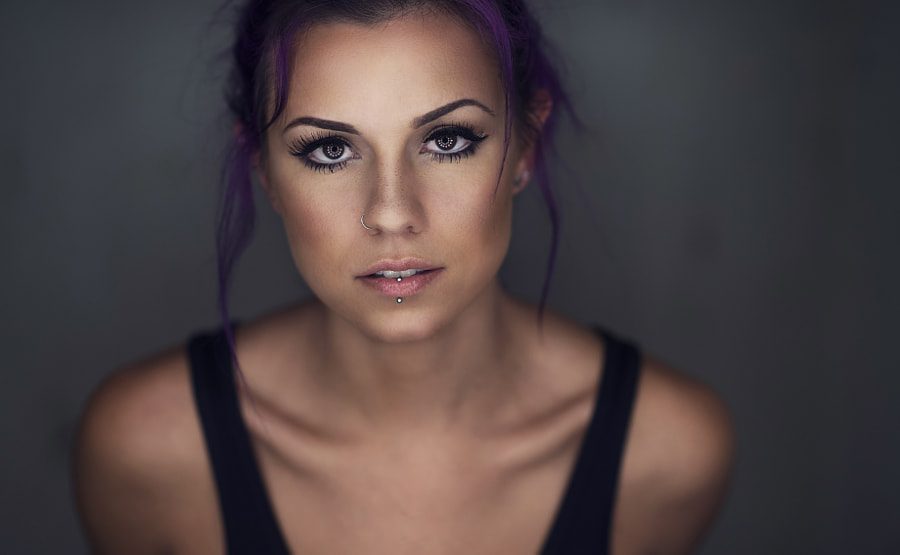 Amanda - Ringlight by Dani Diamond on 500px.com