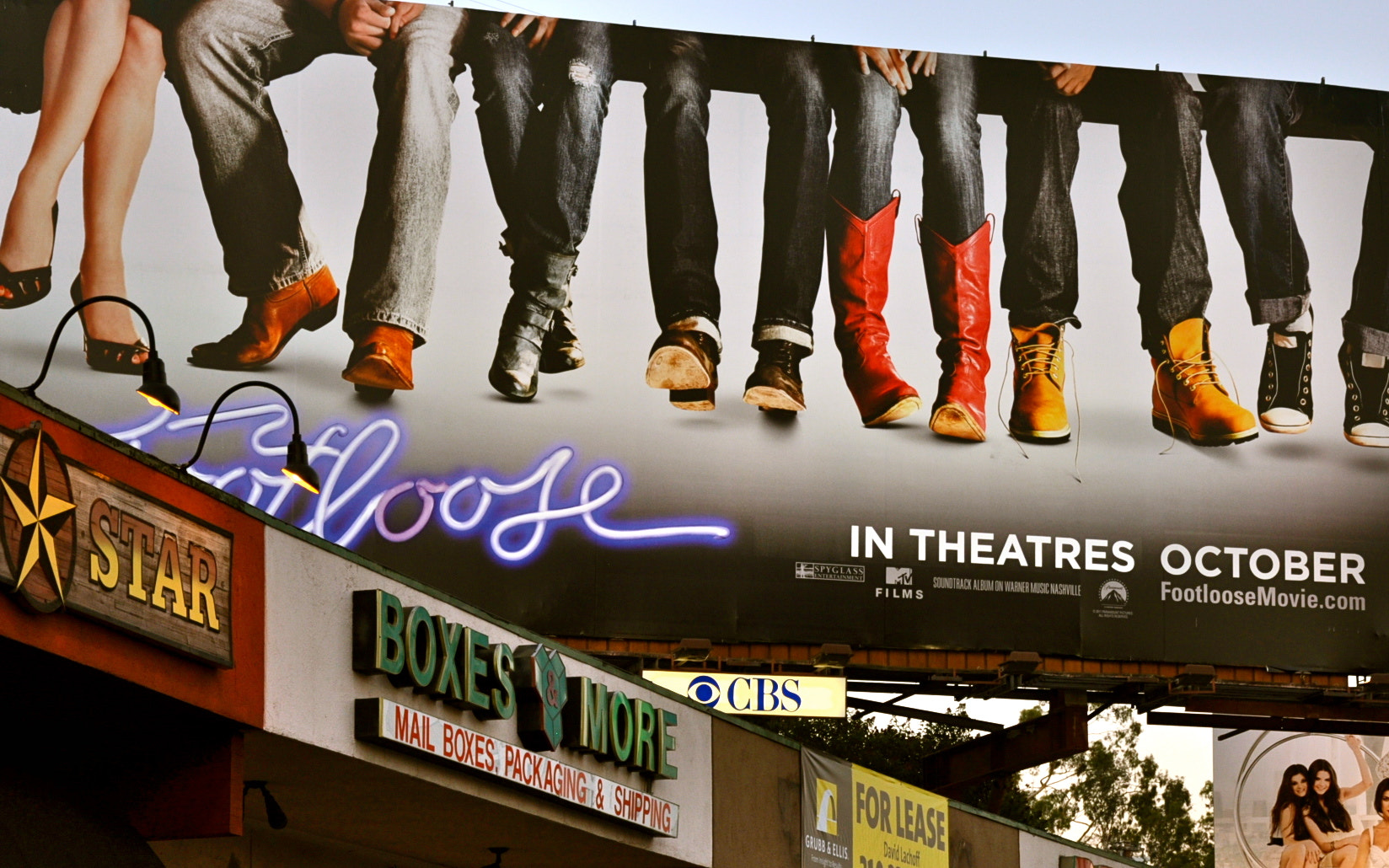 Photograph Footloose on the strip by Edward Younan on 500px