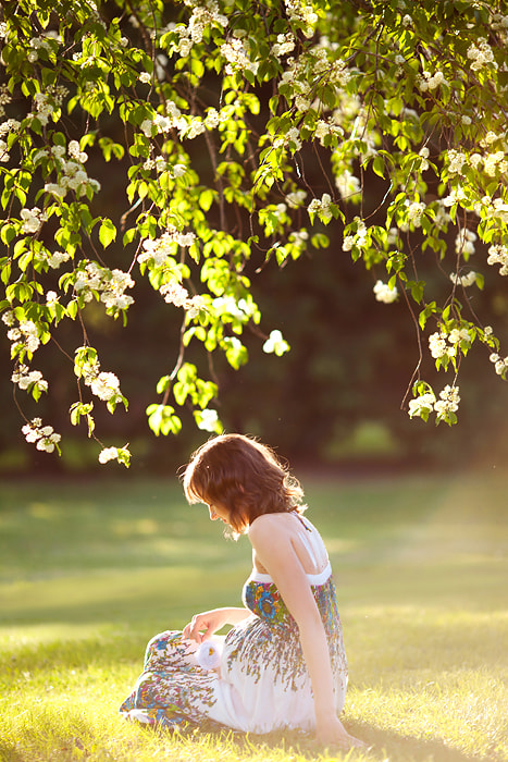 Photograph Under the tree by Alena Root on 500px