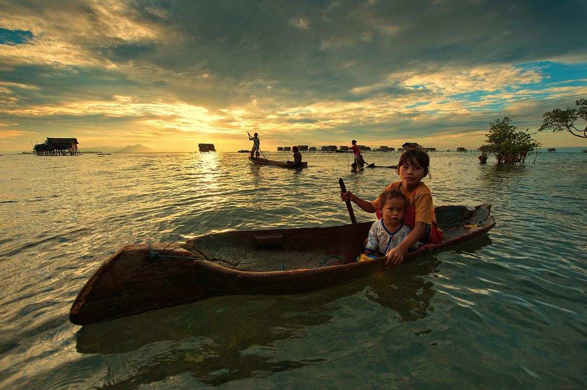 Photograph Bajau Laut Kids by Yaman Ibrahim on 500px