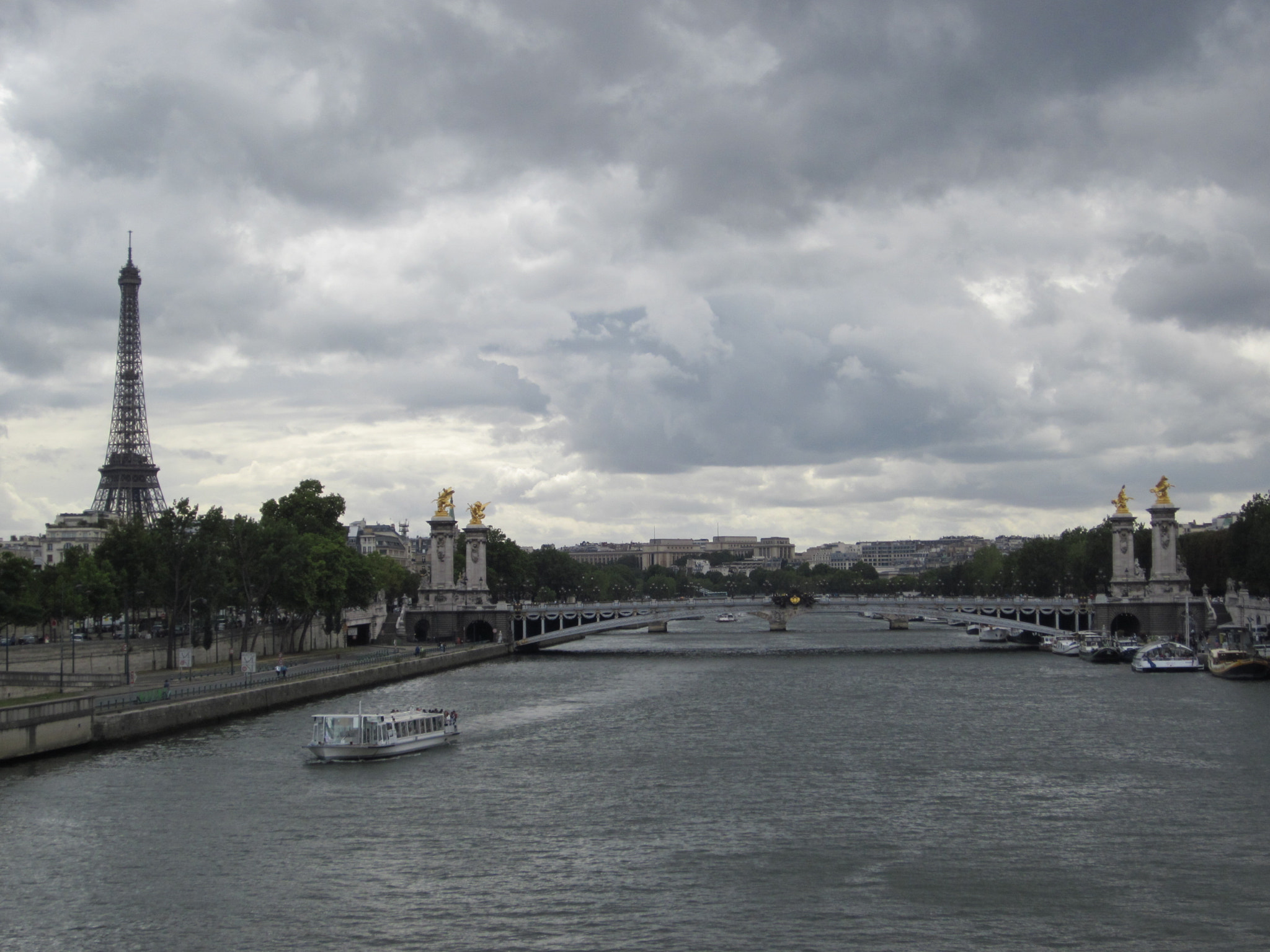 Photograph Classic Paris by Jiulies  on 500px
