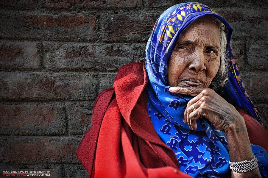 Photograph Old woman with tattoo by Max Drukpa on 500px