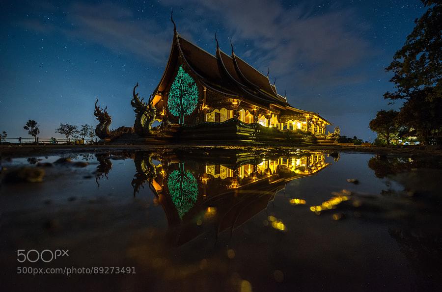Photograph Unseen thailand (Wat sirintron) by sarawut Intarob on 500px