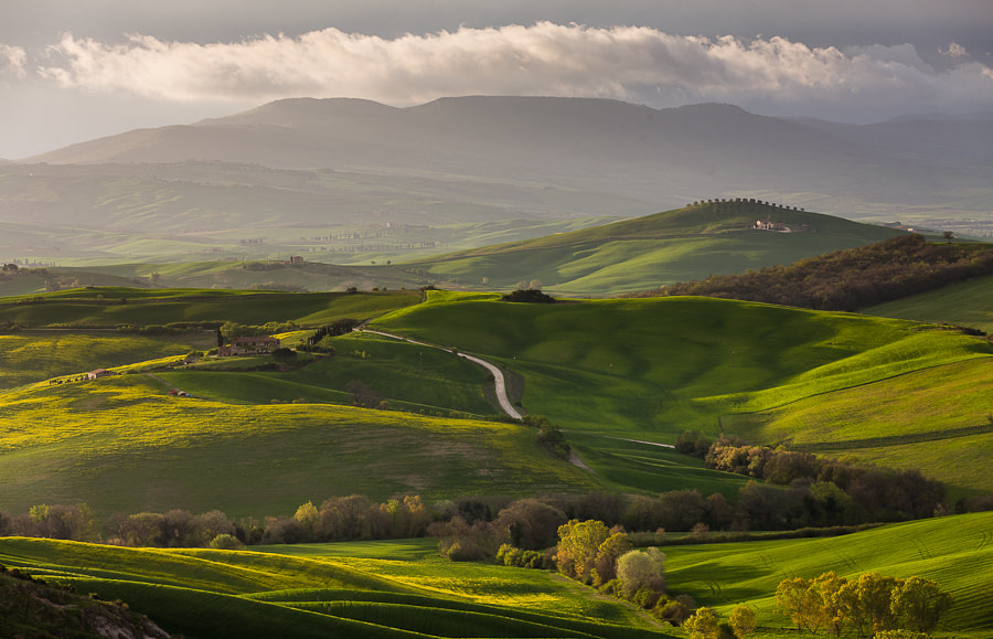 Photograph First Rays on Val d'Orcia by Hans Kruse on 500px