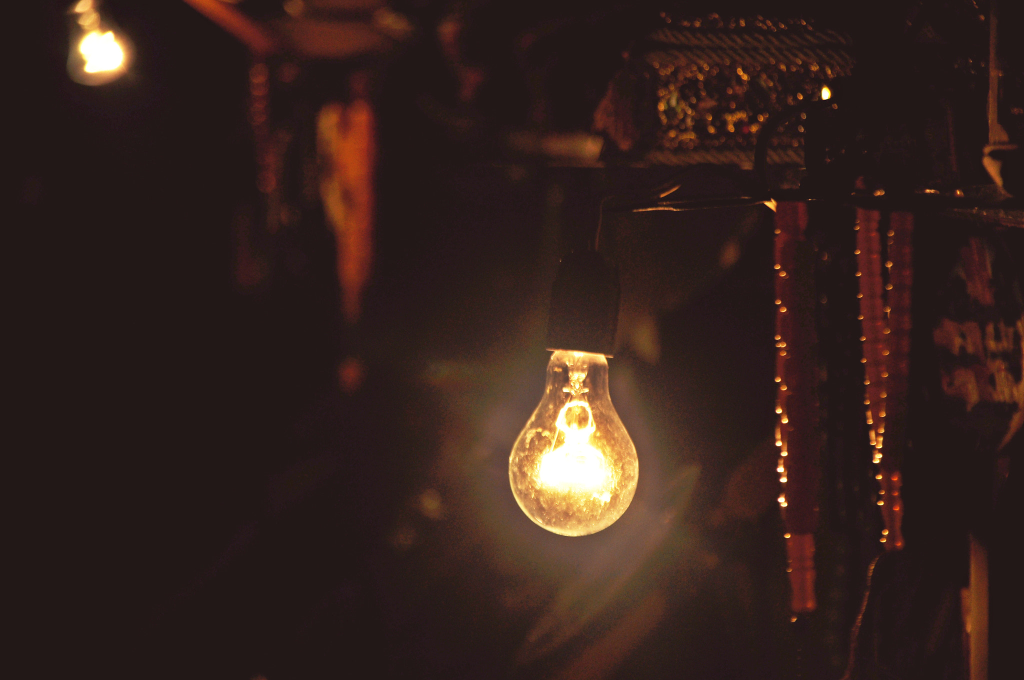 Photograph Lamp in the Dark by Rasul Guliyev on 500px