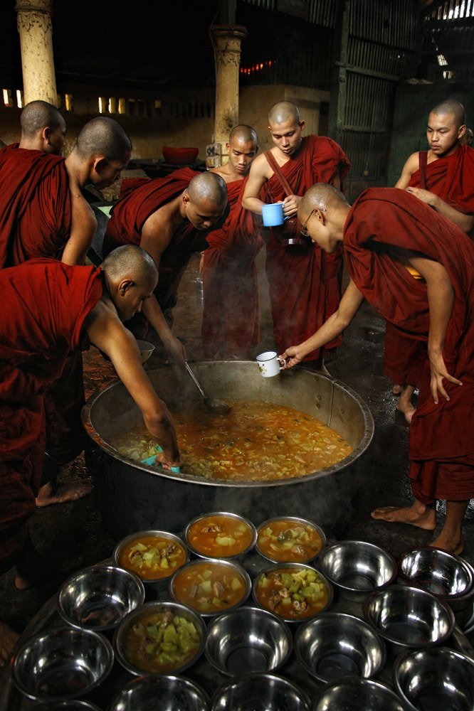 Photograph Lunchtime, Burma by Gerald Gay on 500px