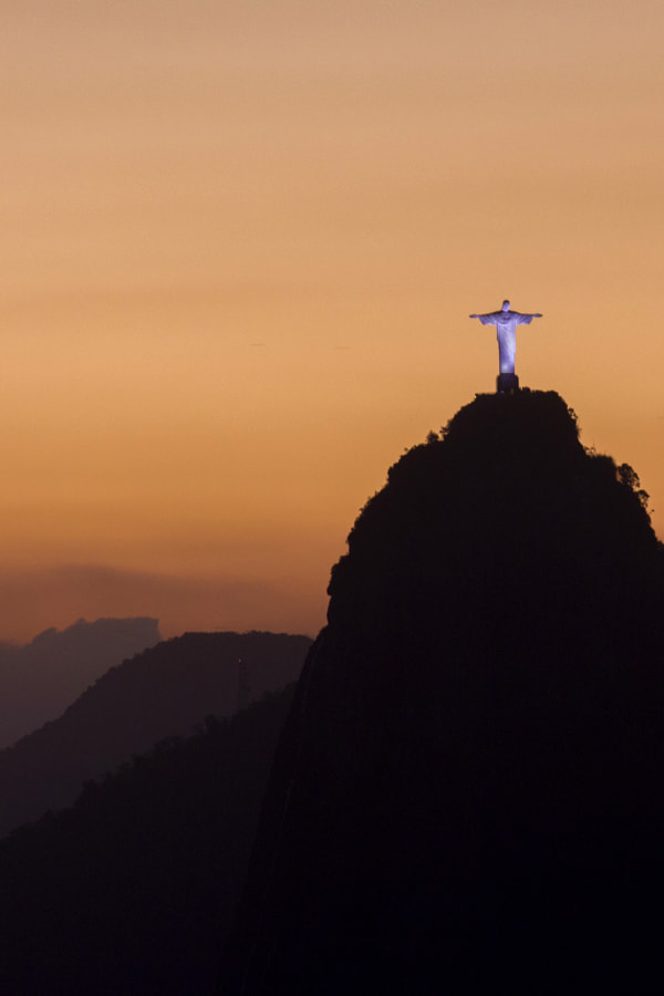 Christo Redentor by Dirk Hiller on 500px.com