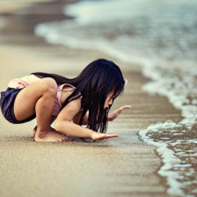 kid by the sea by Ian Taylor (koknia)) on 500px.com
