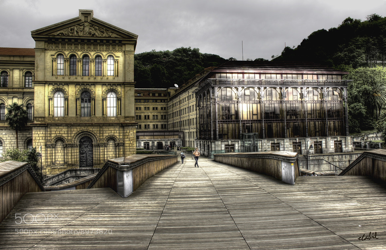 Photograph Universidad de Deusto by Eduardo Latorre on 500px