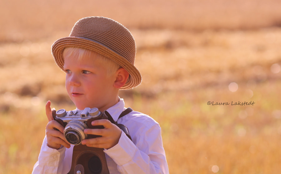 Photograph ~The photographer~ by Laura Lakstedt on 500px
