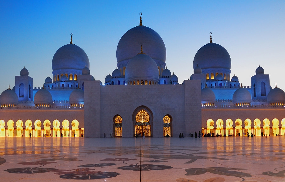 Photograph Grand Mosque by Stephen Lloyd Arnan on 500px