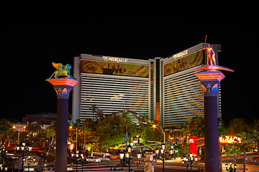 Photograph The Mirage in Las Vegas by Michael Hays on 500px