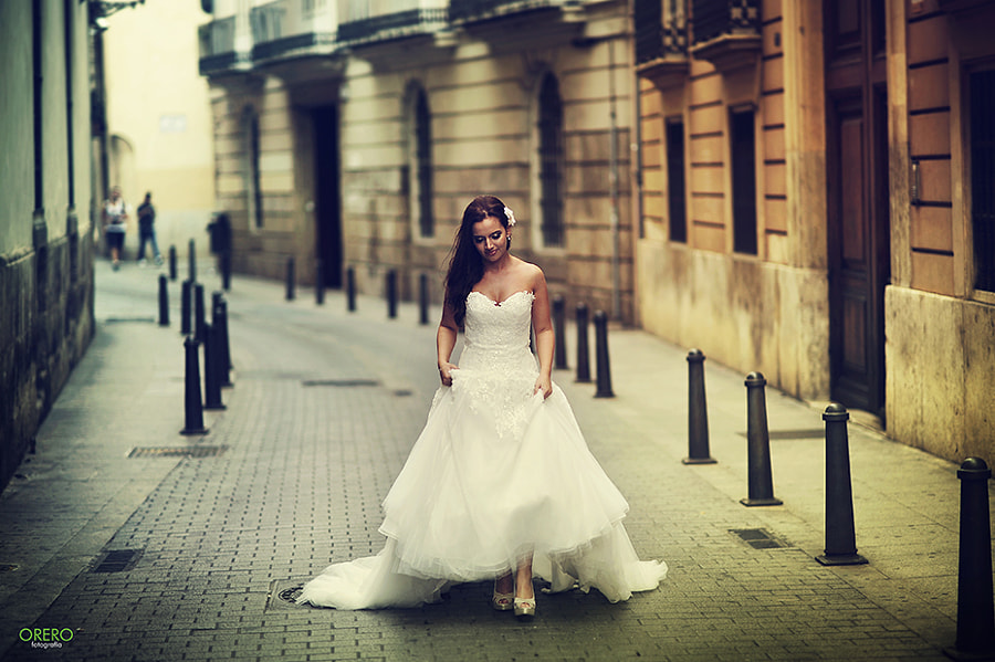 Photograph Walking Around Wedding by Manuel Orero on 500px