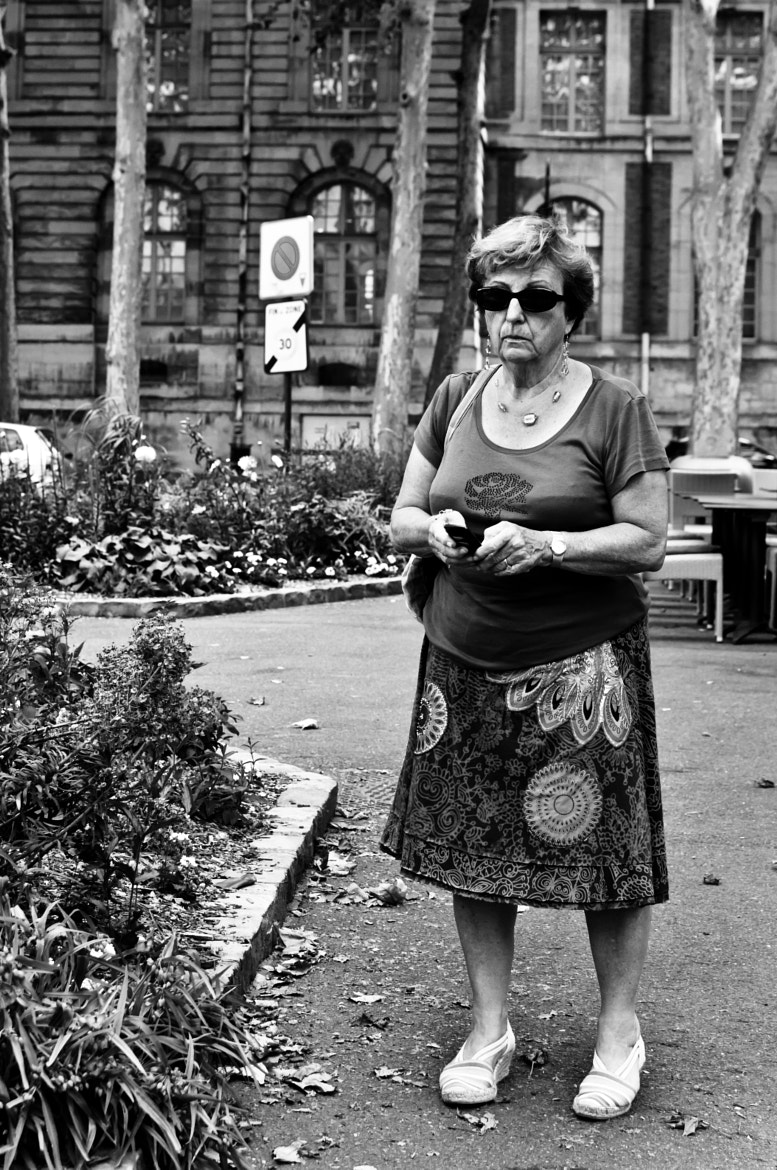 Photograph People and their phone by Fayemendy Cedric on 500px