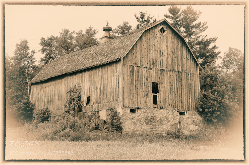 Photograph Goodhue County Barn by Phil  Pippo on 500px