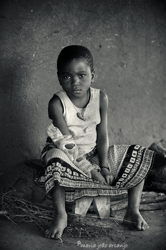Photograph HOW CAN YOU MEND A BROKEN ARM?! by maria joão arcanjo on 500px