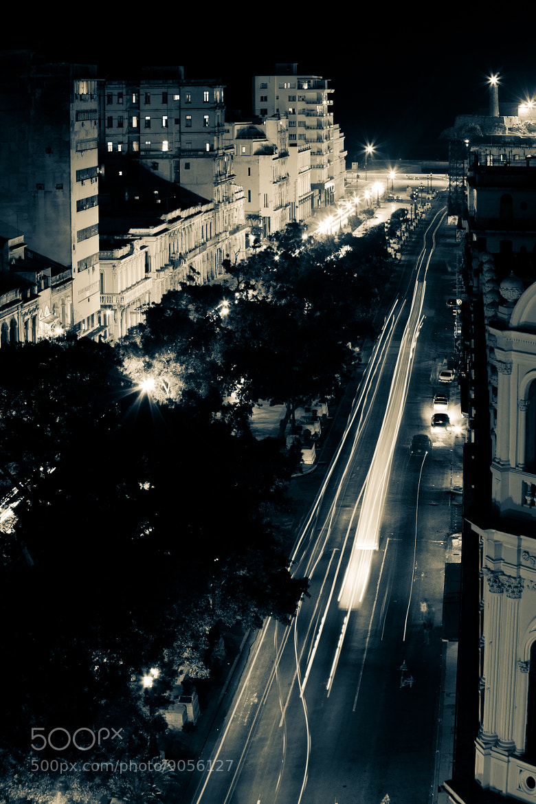 Photograph Havana at night by Robert Grabczewski on 500px