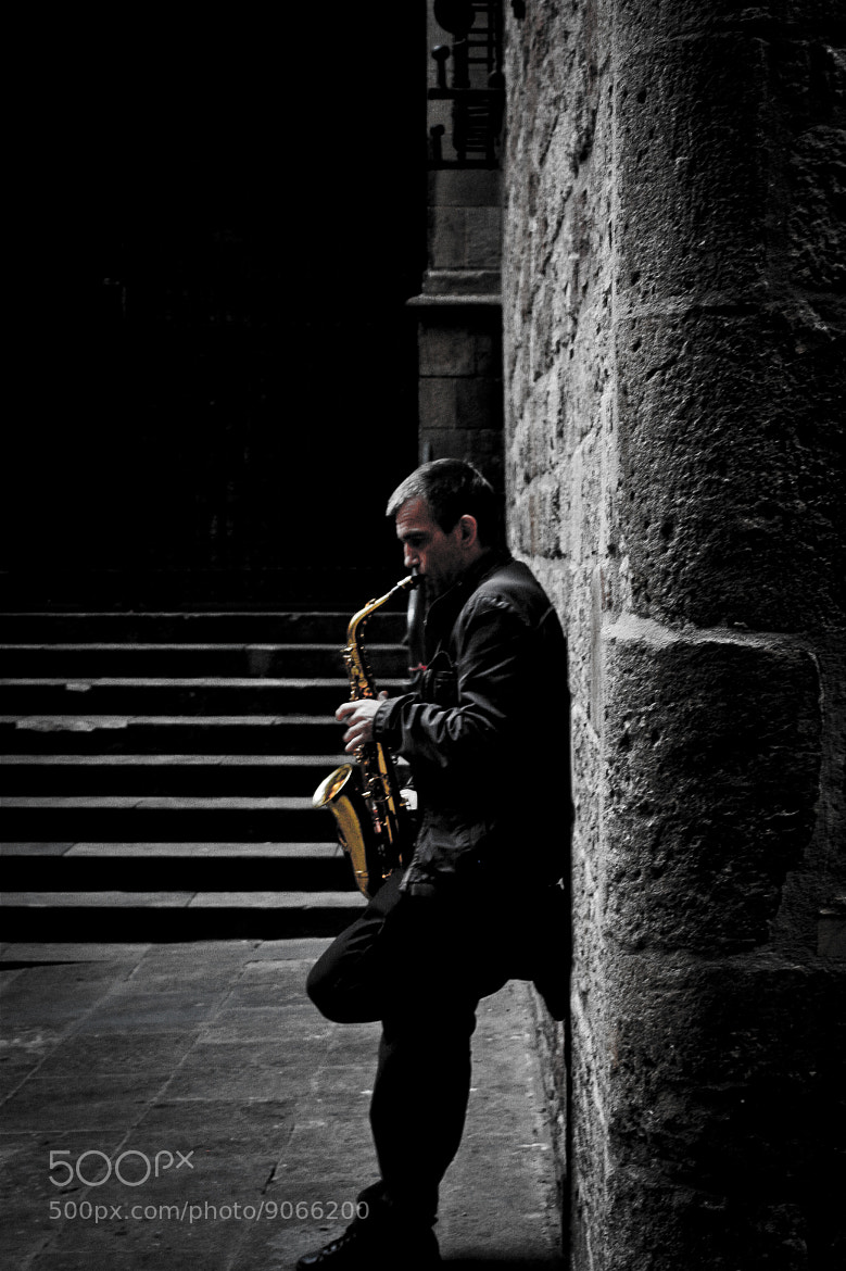 Photograph Saxophonist by María Moyano on 500px