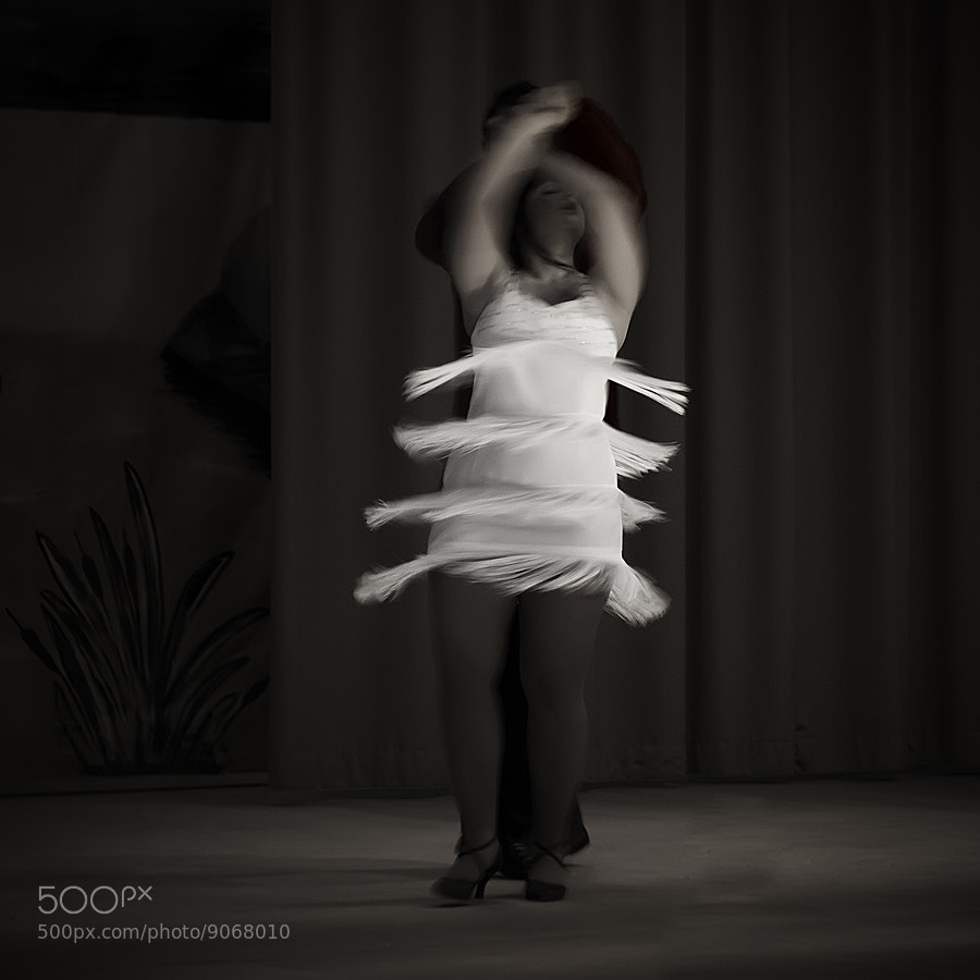 Photograph Dancing by E. de Juan on 500px