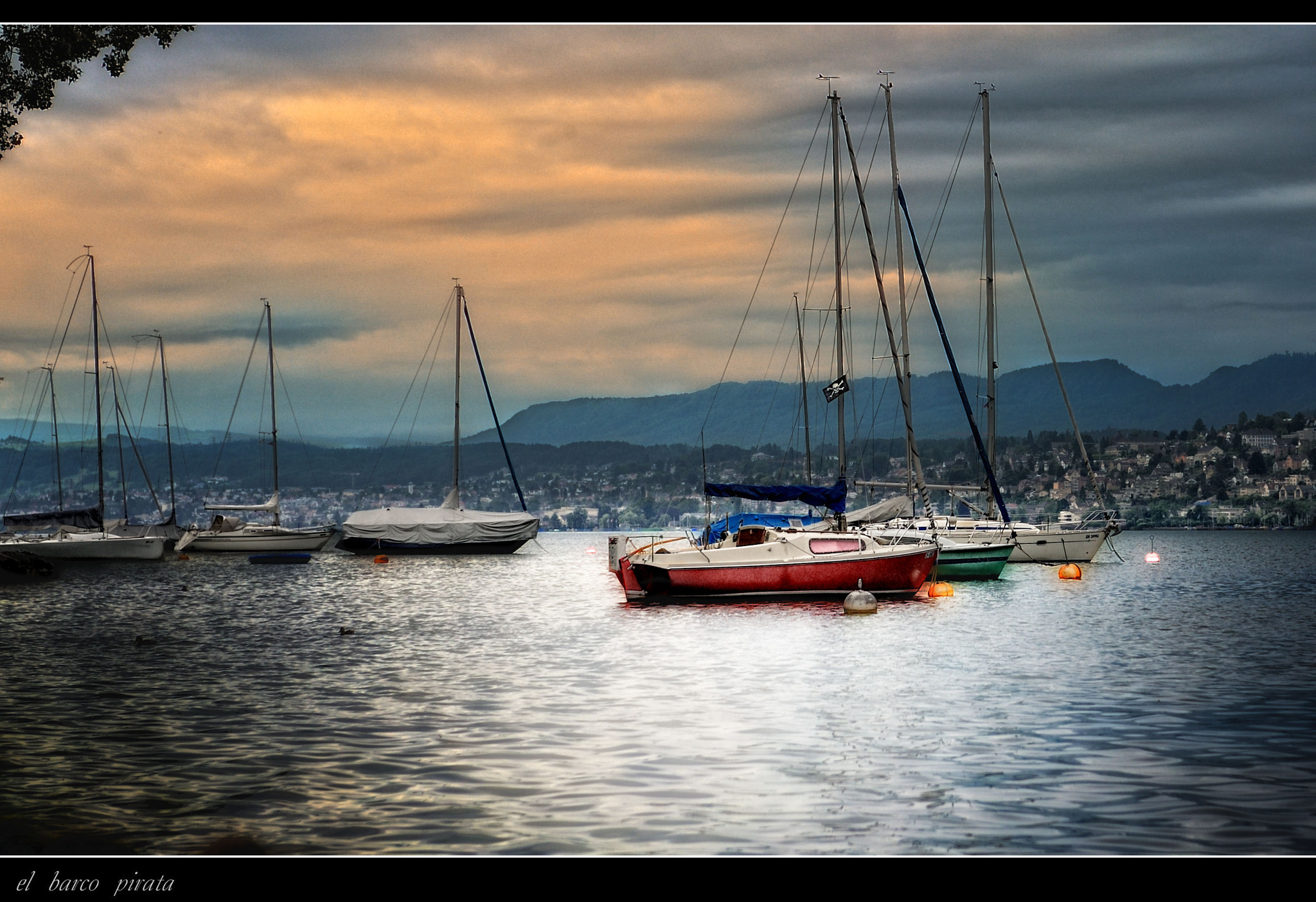 Photograph el barco pirata by Mayte Weber on 500px