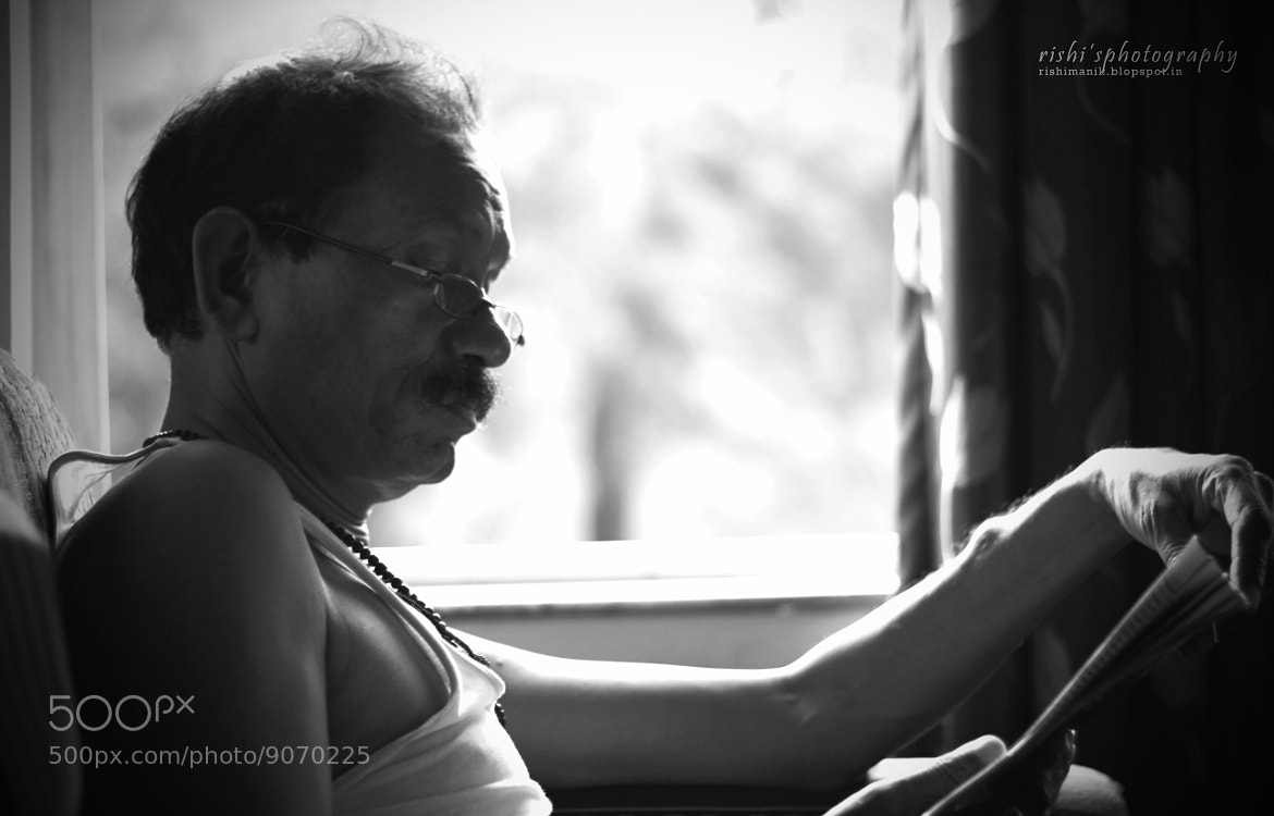 Photograph The Reader by Rishi Manik on 500px