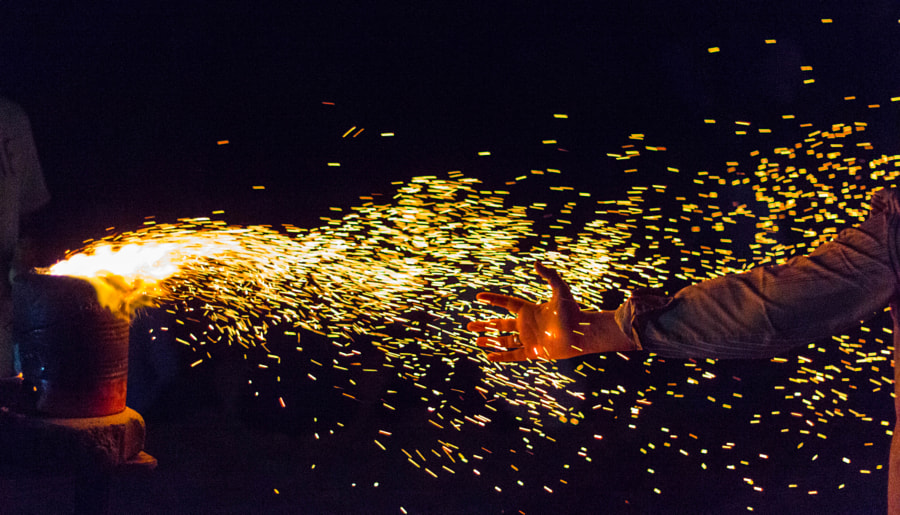 Little sparks of madness... by hridaybikashdas on 500px.com