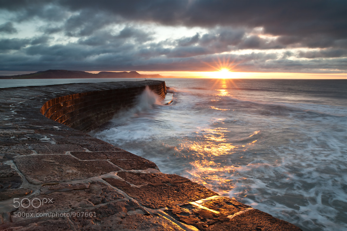 Photograph Dawn on the Cobb by Philip Eaglesfield on 500px