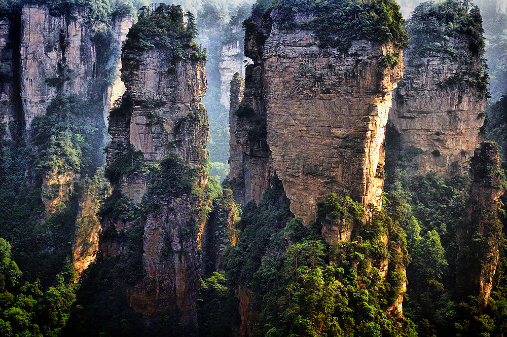 Photograph 2D Avatar location filming #2 : Zhang Jia Jie by Jumrus Leartcharoenyong on 500px