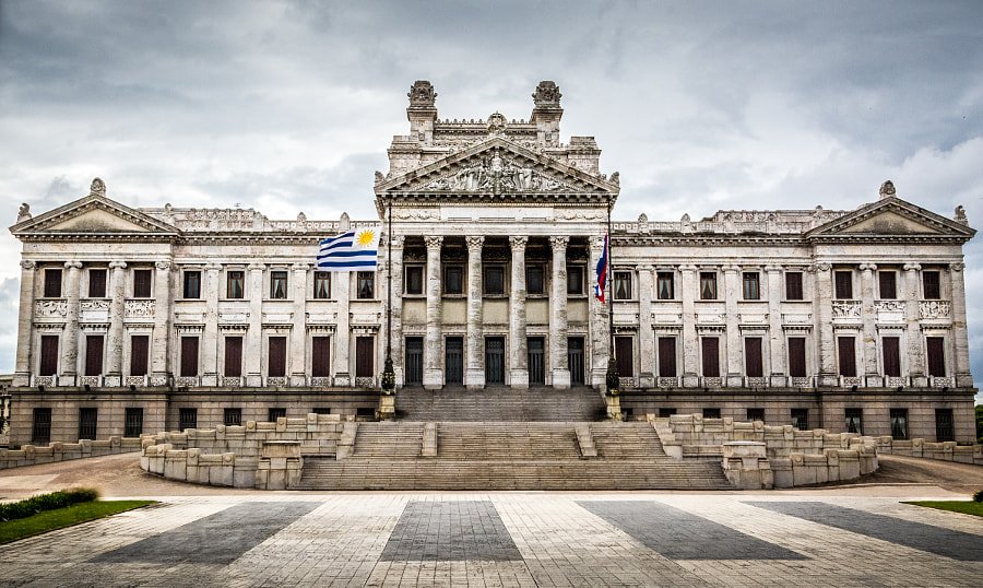 Photograph Palacio Legislativo de Montevideo (Uruguay) by Eliezer Pedroso on 500px