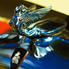 Постер, плакат: Plymouth hood ornament