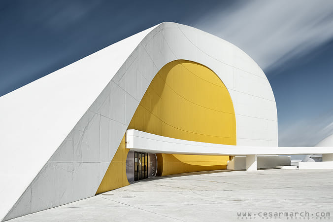 Niemeyer II by Alejandro Santiago on 500px