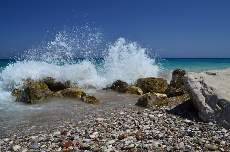 Waves on the rhodes island