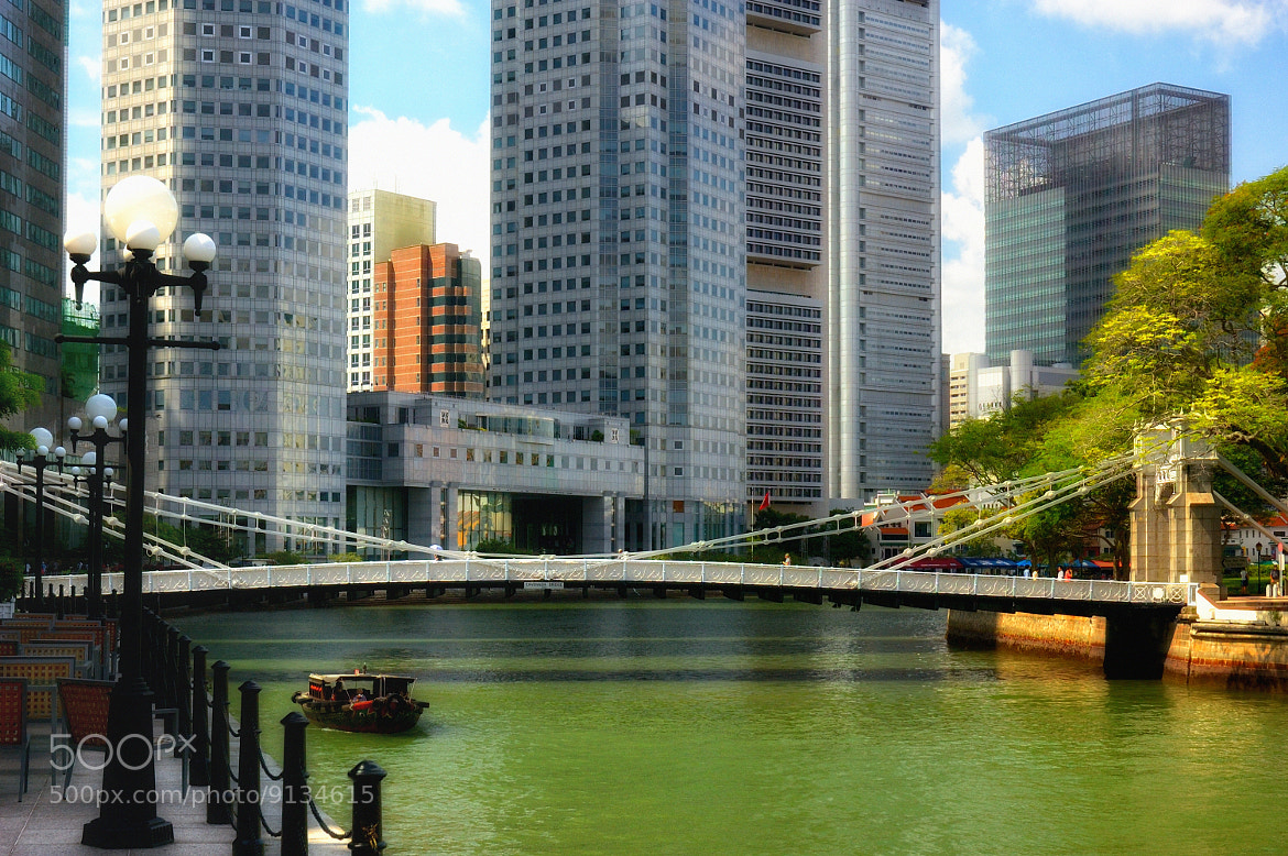 Photograph Singapore River (Cavenagh Bridge / 加文纳桥) #03 by Eddie Cheng on 500px